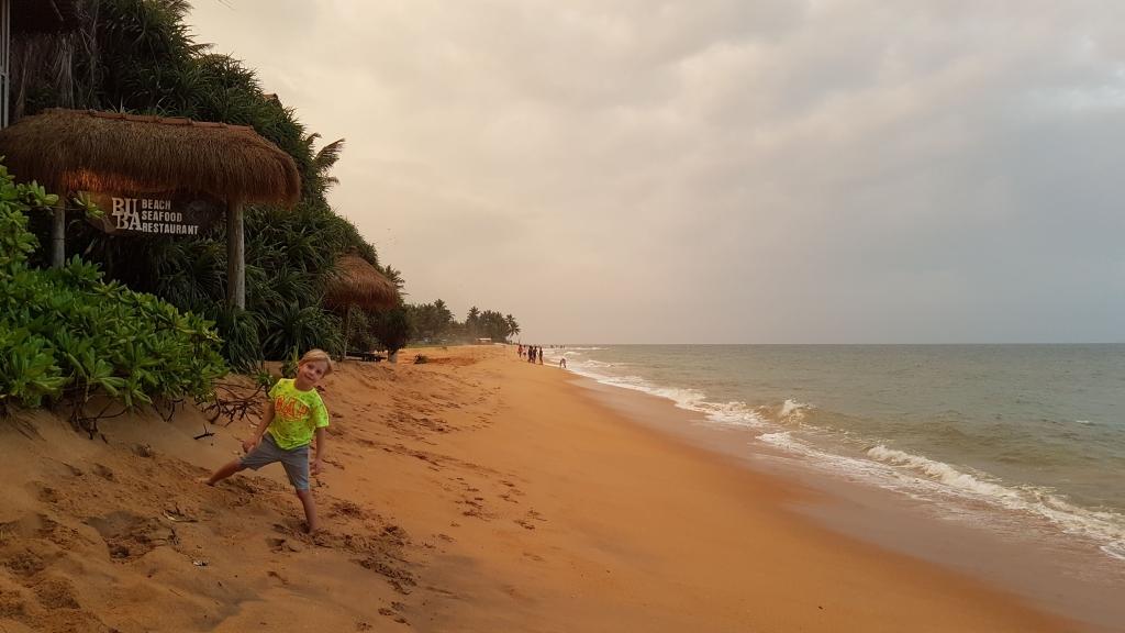 The Best Sri Lanka Beaches for Families 6