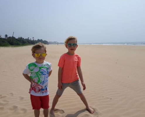 The Best Sri Lanka Beaches for Families 3