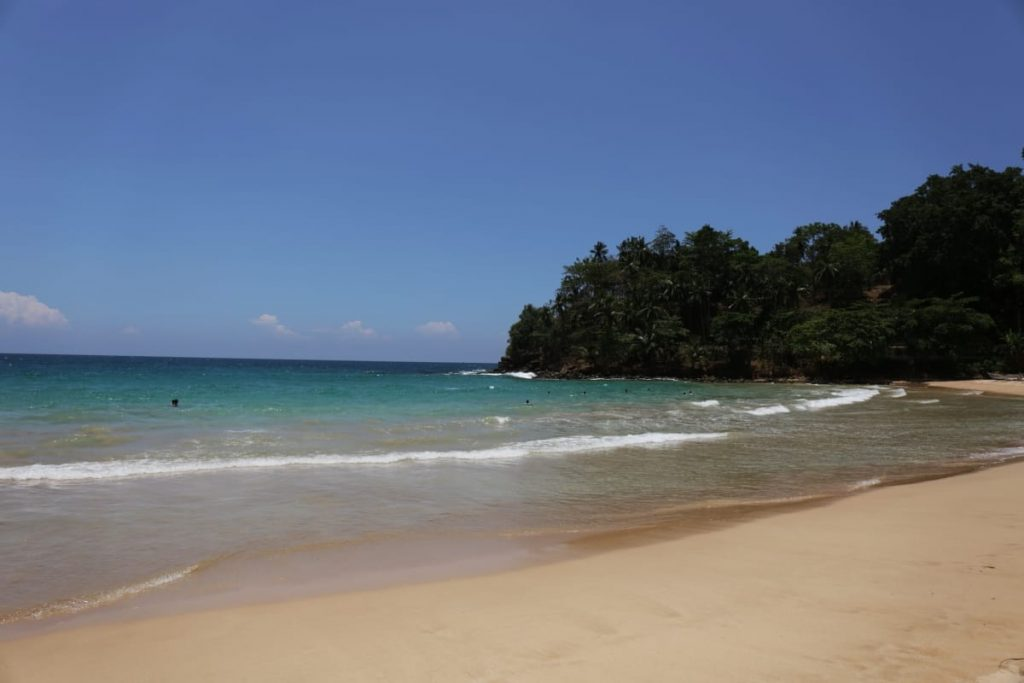 Tallala beach in Sri Lanka