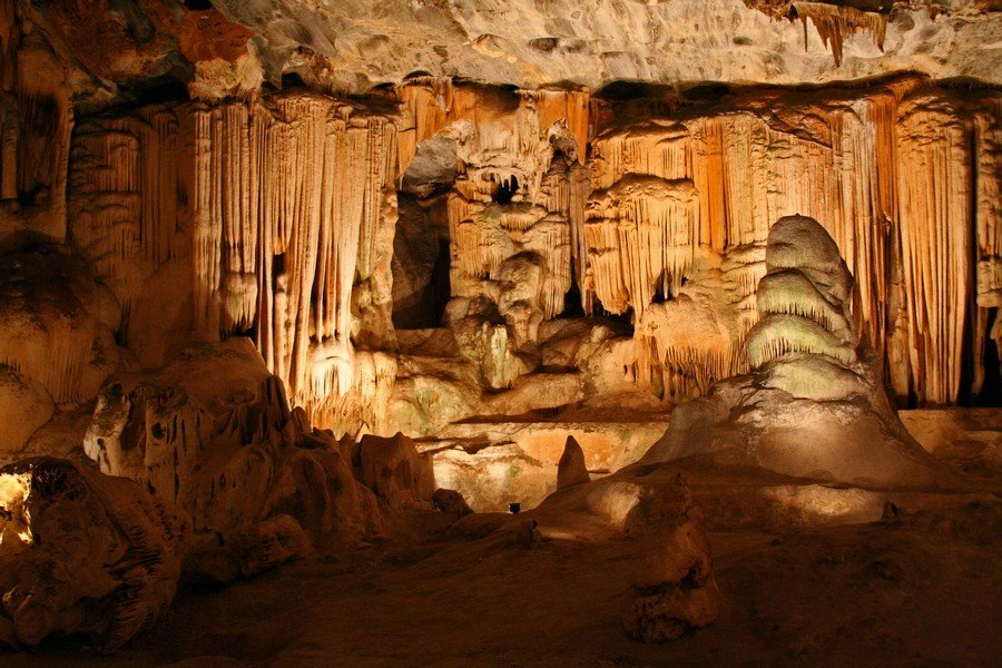 Main chamber of the Cango Caves