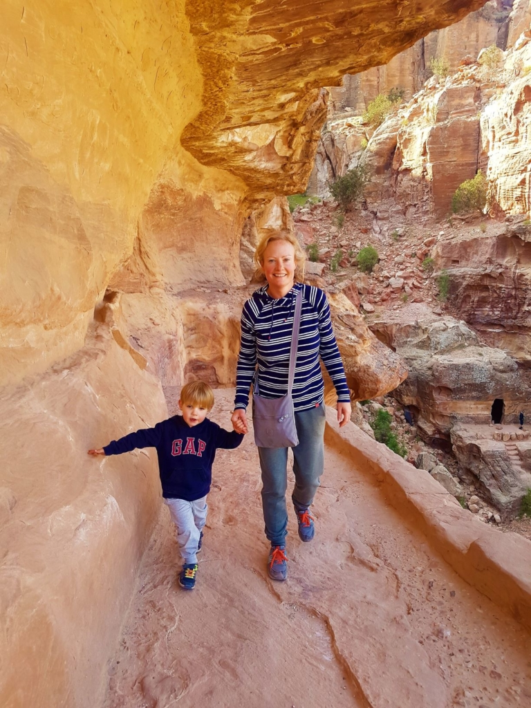 Our 3.5 year old manage a 7km hike around Petra, Jordan without being carried