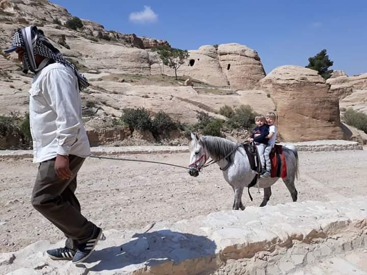 Pony ride back along the Siq