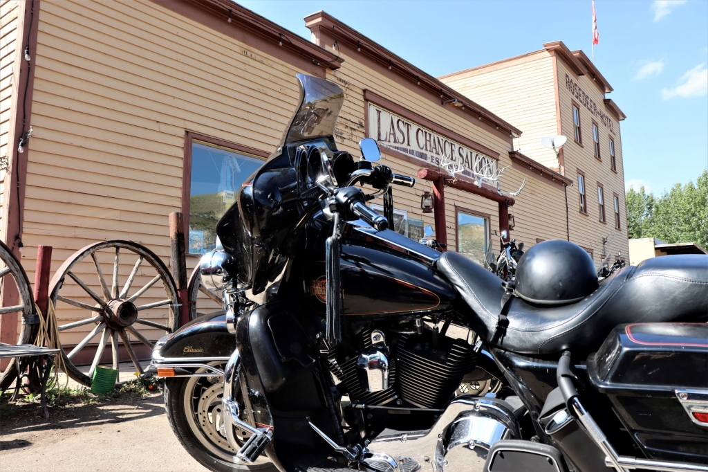 Last Chance Saloon in Wayne near Drumheller