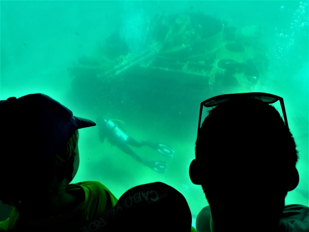 Visiting Jordan with kids: submarine tour around Red Sea dive sites