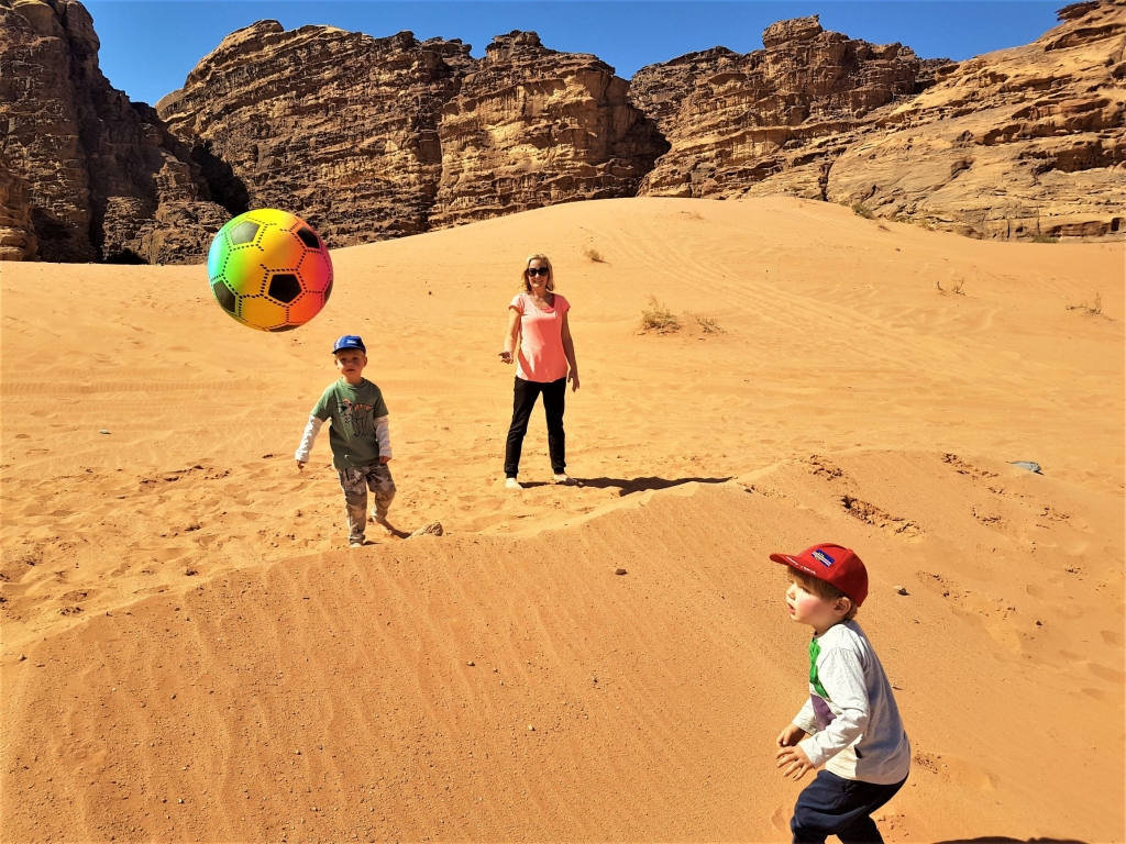 Game of beach volleyball in Wadi Rum