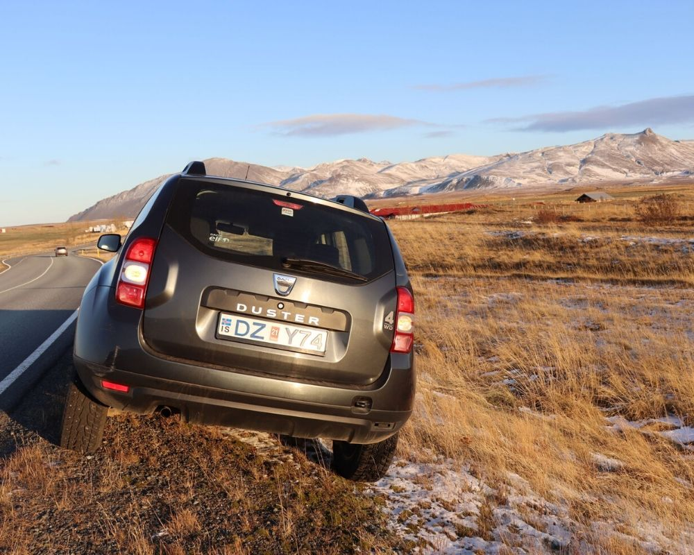Dacia Duster hire car