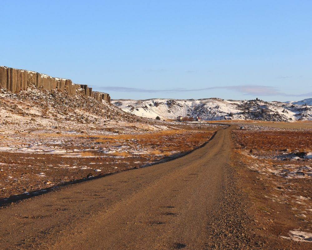 icelandic gravel road