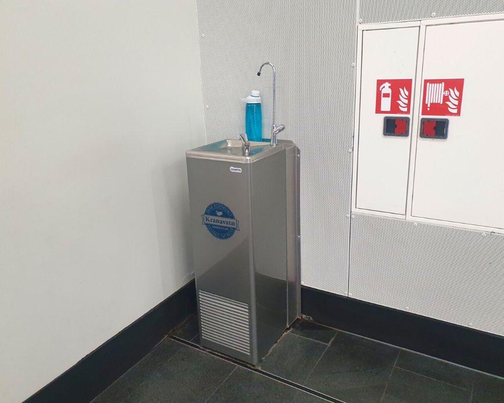 Water filling station at Keflavik airport