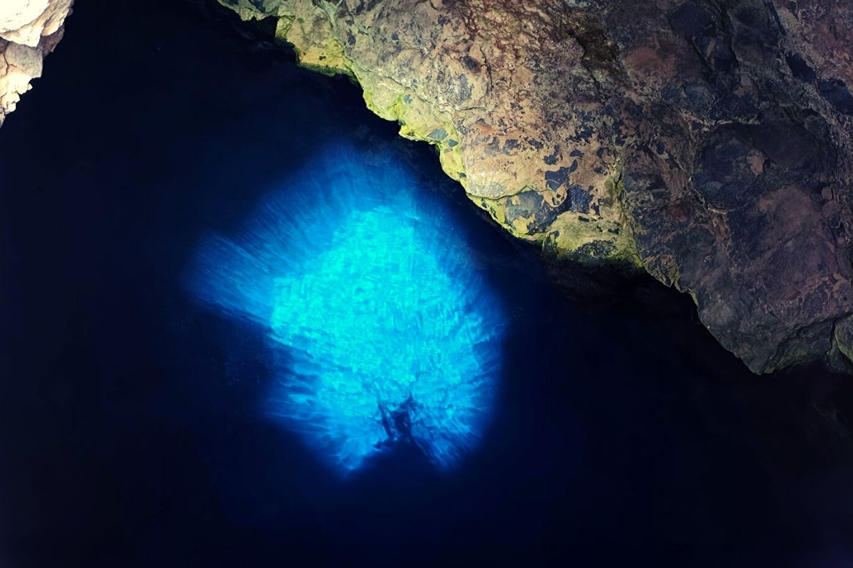 Buracona (Blue Eye) in Sal Cape Verde