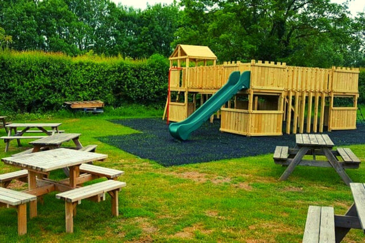 Hitchin lavender farm play area