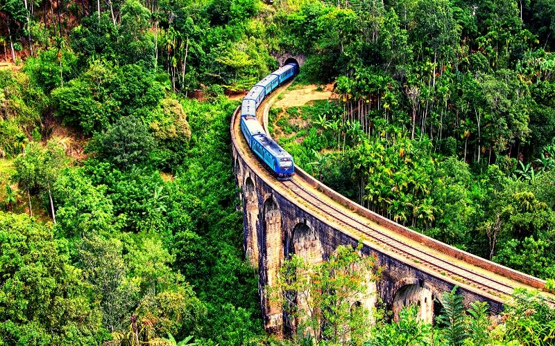 Nine Arch Bridge Sri Lanka Family Travel Destination