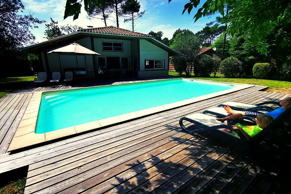 The pool at Villas La Clairiere aux Chevreuils