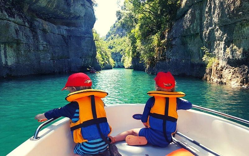Boating in the Verdon Gorge