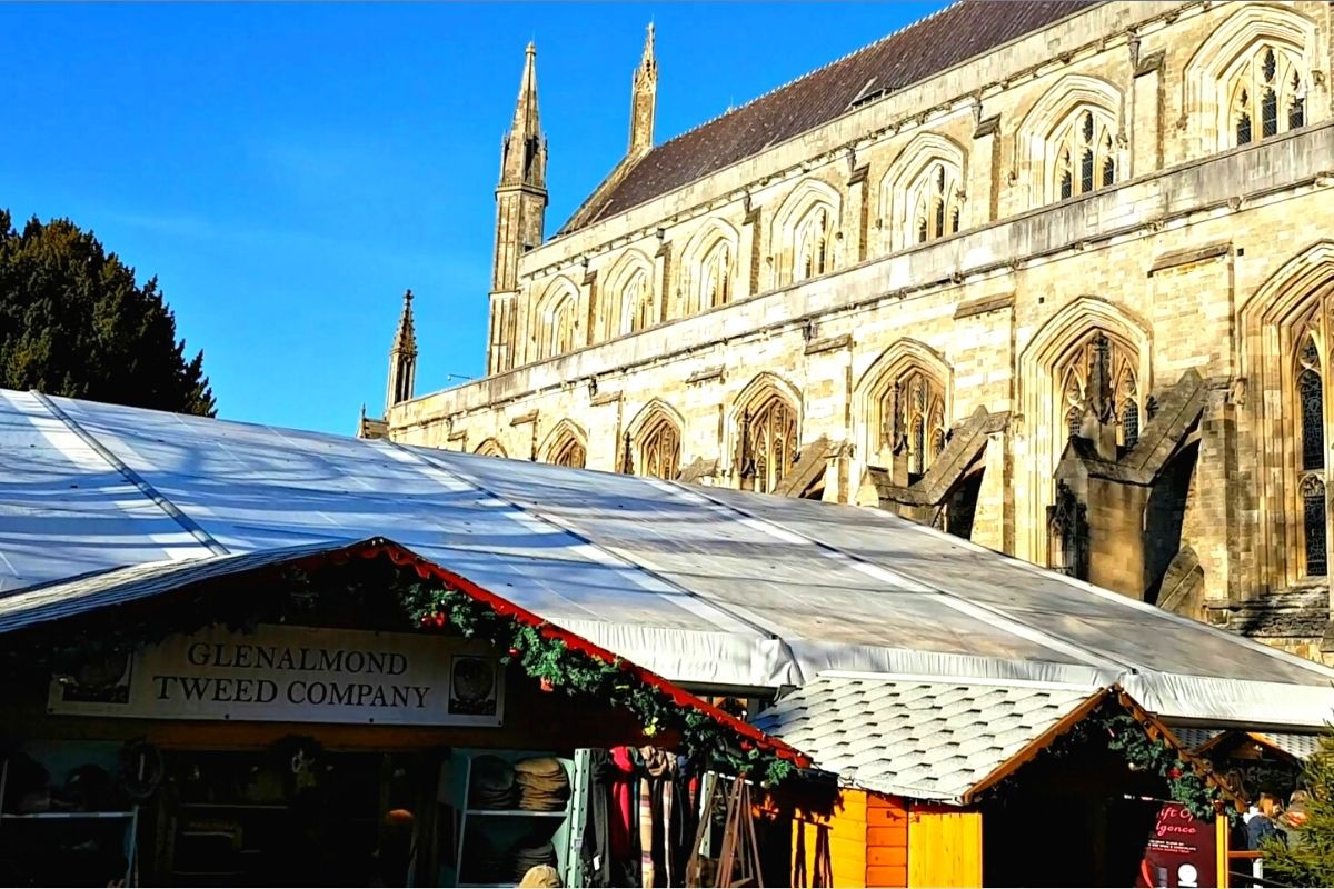 Christmas stalls next to Winchester Cathedral