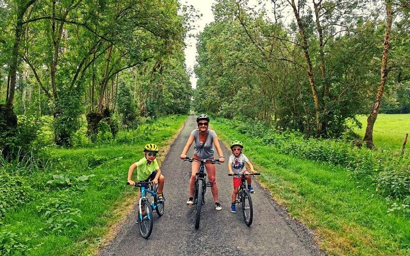 Cycling in La Venise Verte