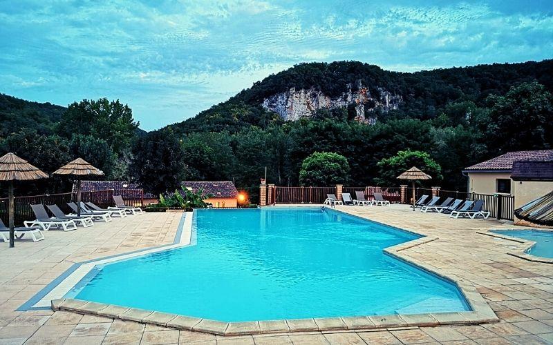 Pool at Camping la Bouysse