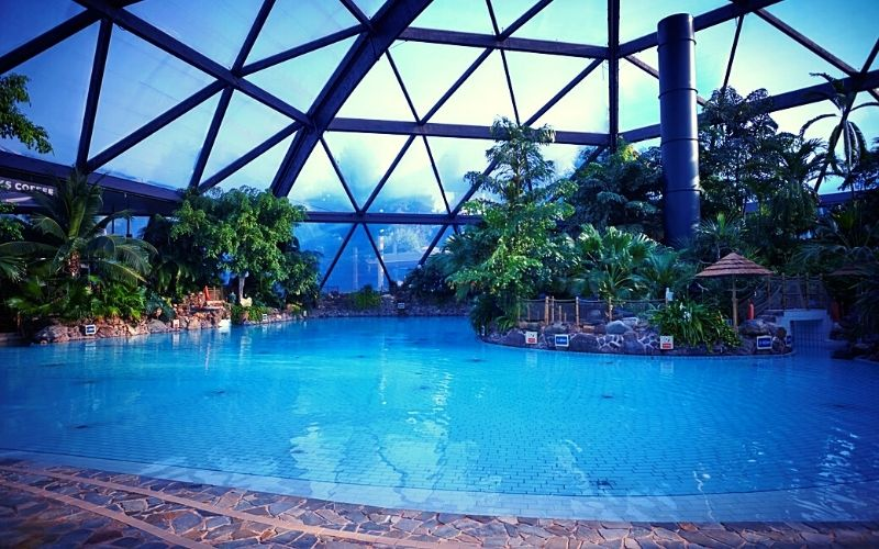 Subtropical Swimming Paradise at Center Parcs Sherwood Forest
