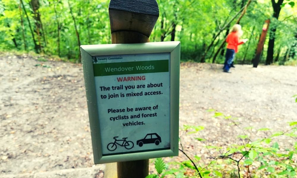 Forest signs in Wendover Woods