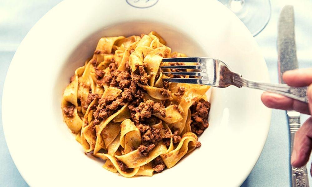 Spaghetti al Cinghiale at La Famiglia
