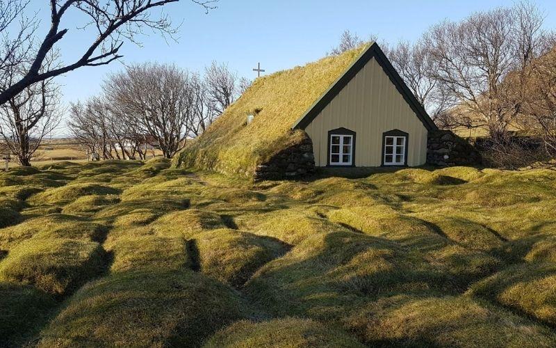Hofskirkja Turf Church