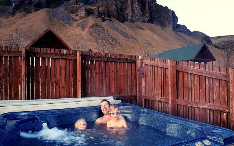 Hot tubs at Horgsland cottages