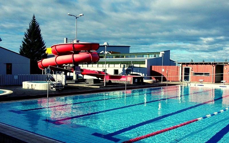 Hvollsvollur pool