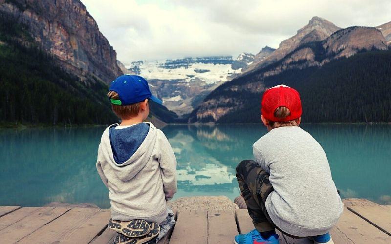 Hiker kids in Banff
