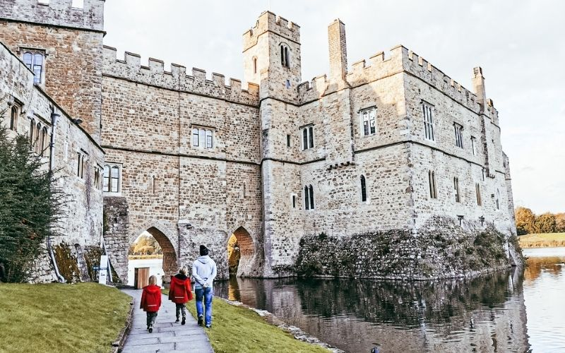 Self-guided tour of Leeds Castle