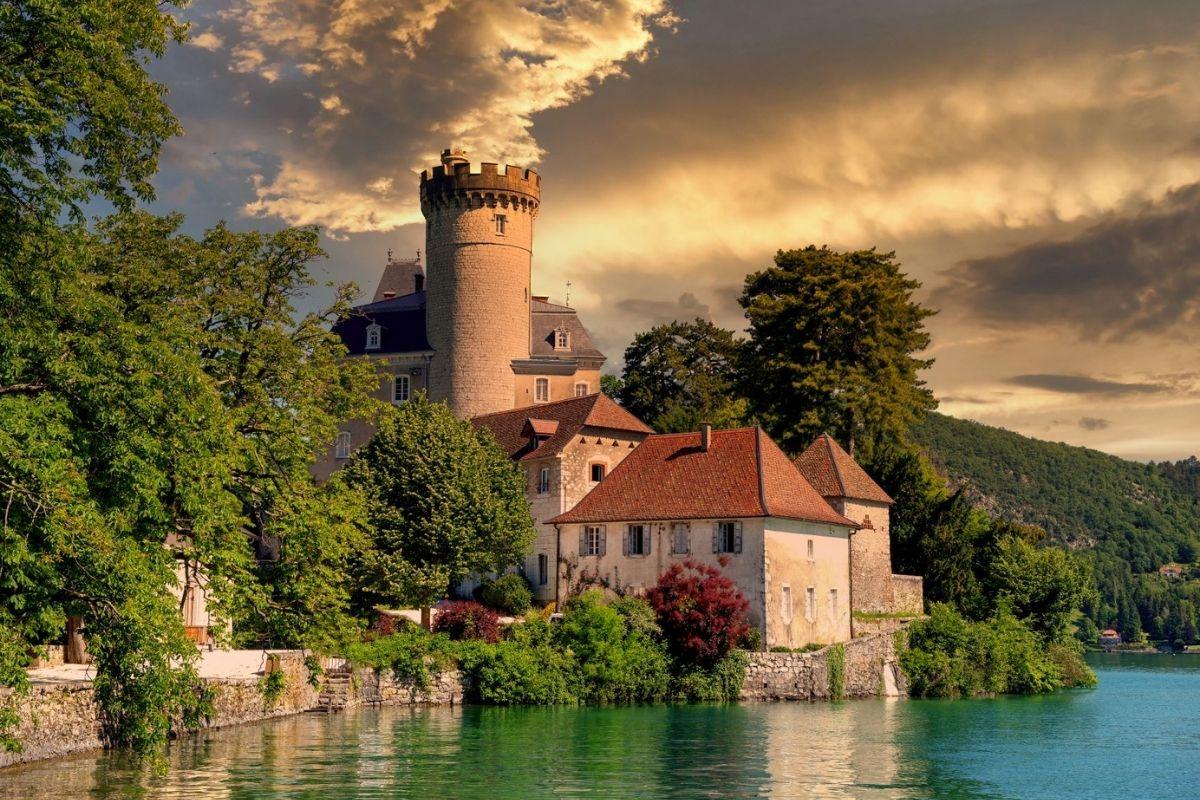 Château de Duingt on Lake Annecy.