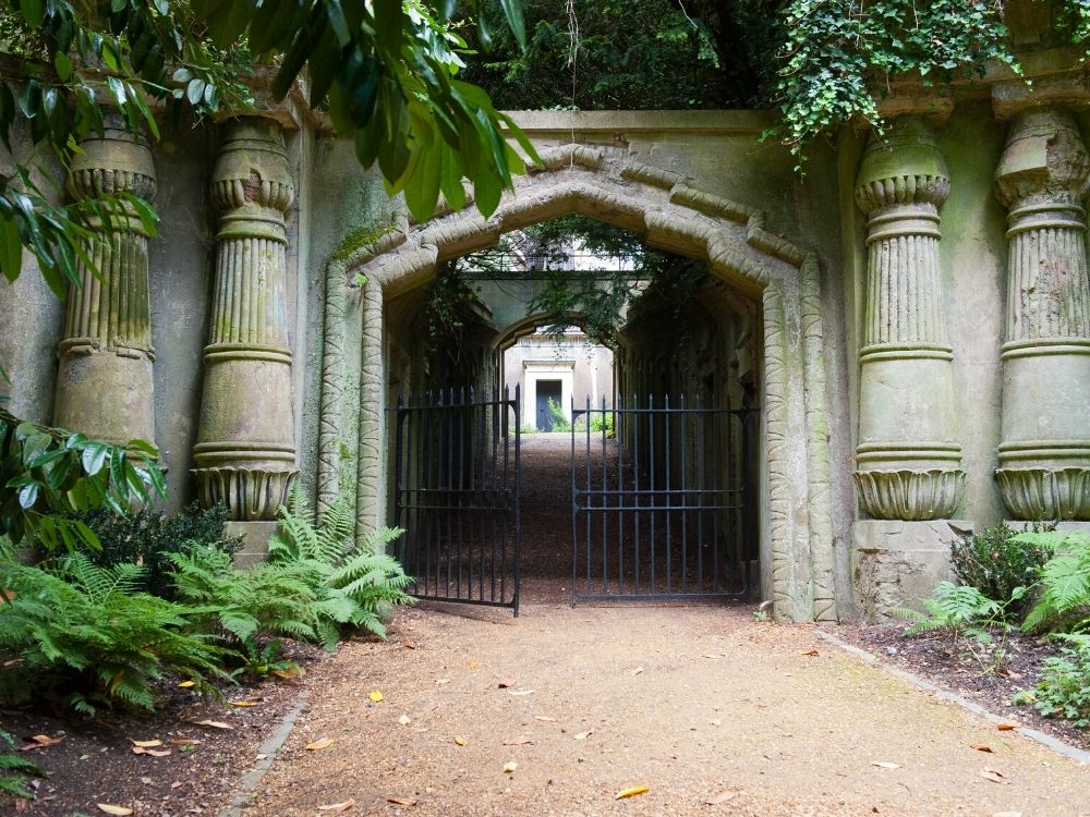 Entrance to the Egyptian Avenue at Highgate Cemetery Photo Credit Highgate Cemetery.