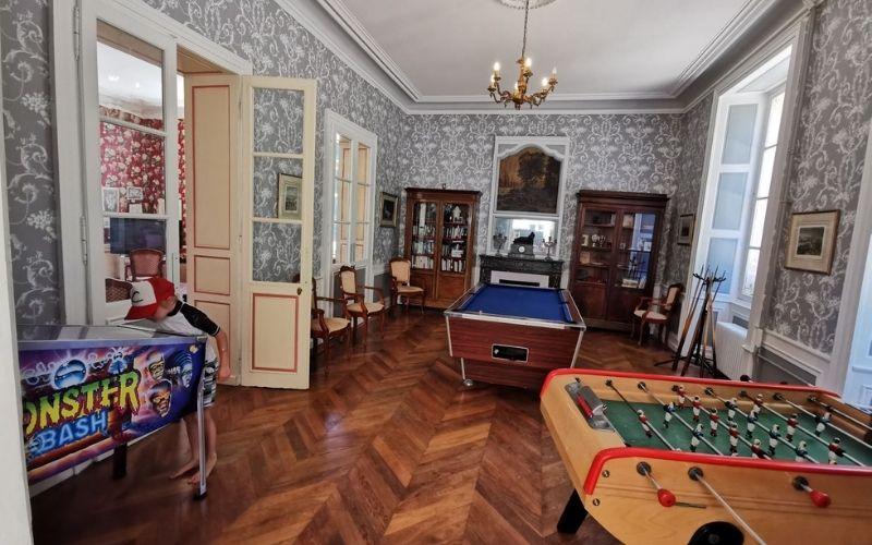 The games room at Chateau de Chanteloup campsite.
