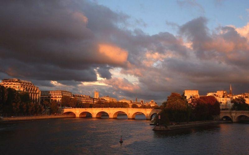 View from the Pont de l'Archevêché.